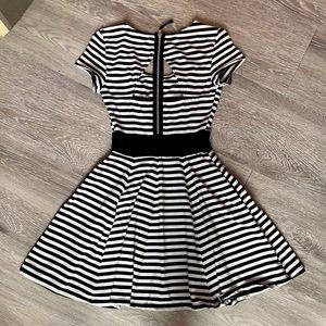 GUESS Dress Navy White Striped size XS ECU!